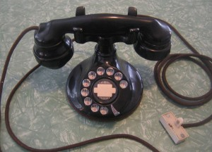 Telephone fraud artists prey on seniors
