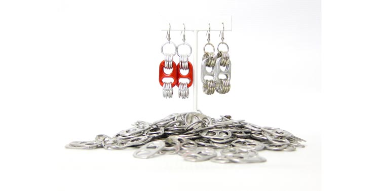 Funky pull-tab earrings can be found at Il Etait Deux Fois.