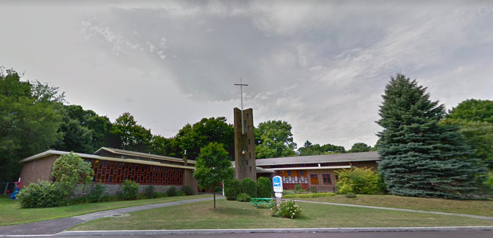Beaconsfield United Church, courtesy of Google Street View