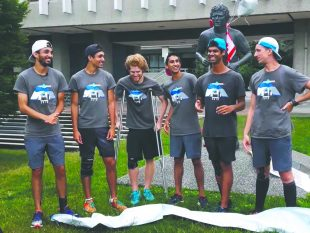 Montreal Runners reach BC and welcome donations for Terry Fox Foundation